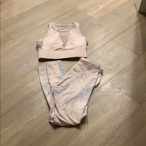 Fabletics complete outfit